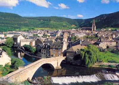 Vue panoramique de la ville de Mende (Lozère)